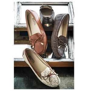 b94155e2847 Michael Kors Daisy Leather Moccasin Loafer